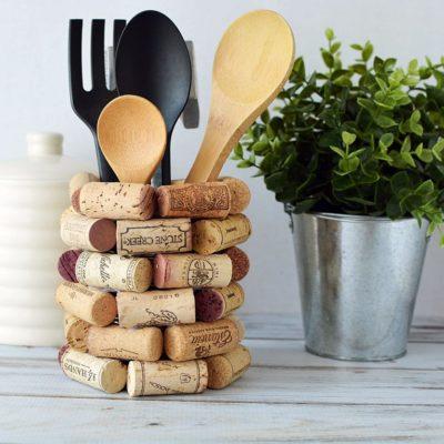 WineCorkCraft Ideas – DIY Kitchen Utensil Holder