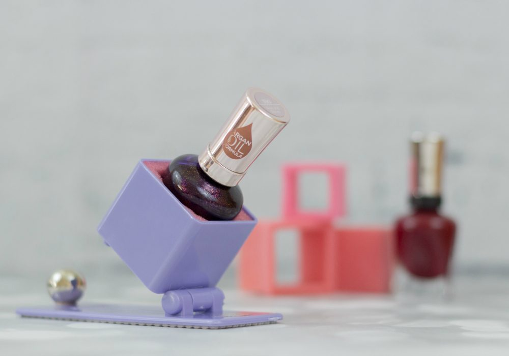 Nail polish gift ideas - Tippur nail polish bottle holder