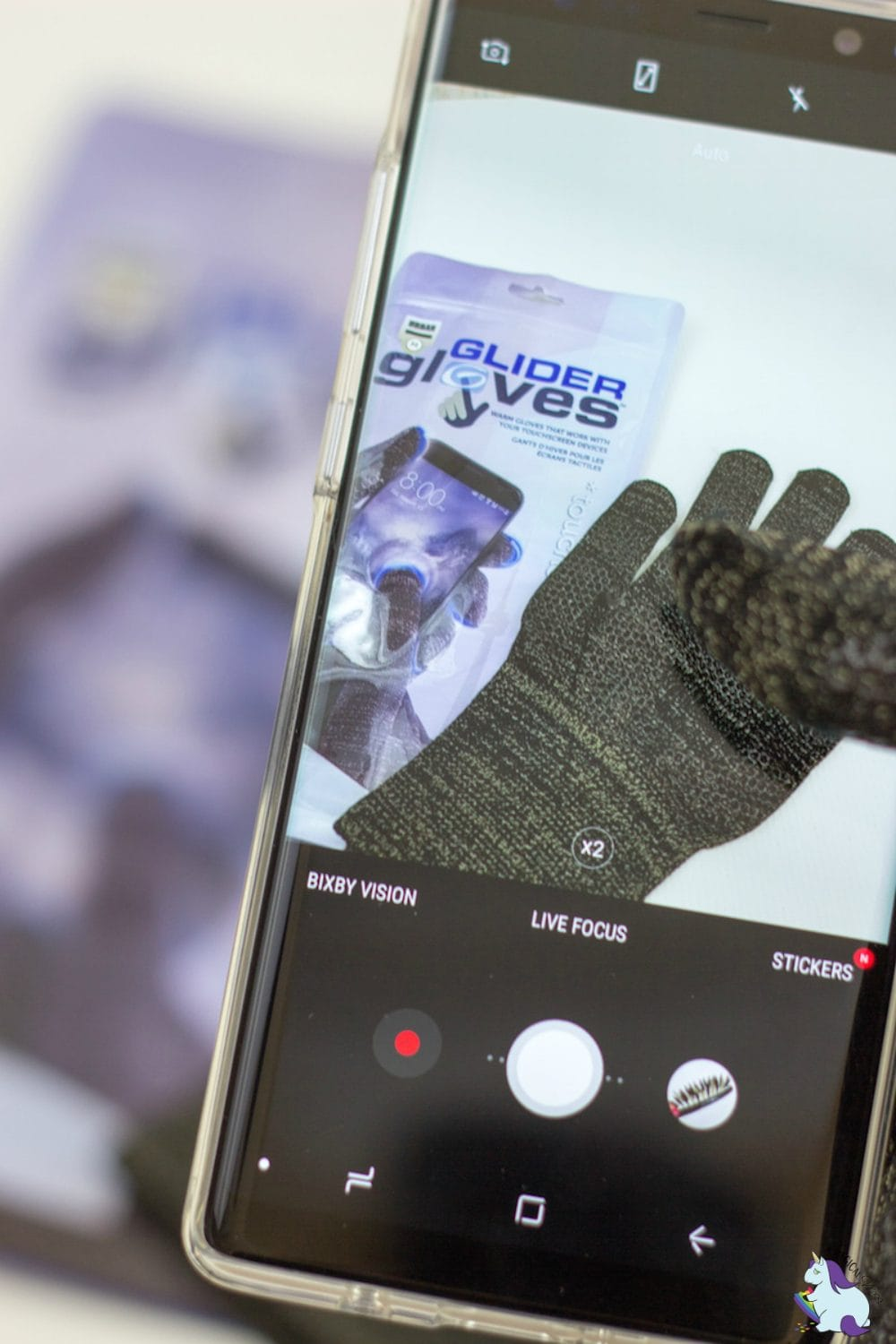 Glider Gloves Best Smartphone Accessories to Give as Gifts