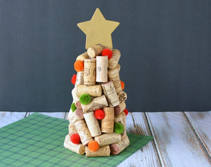DIY Wine Cork Christmas Trees Craft