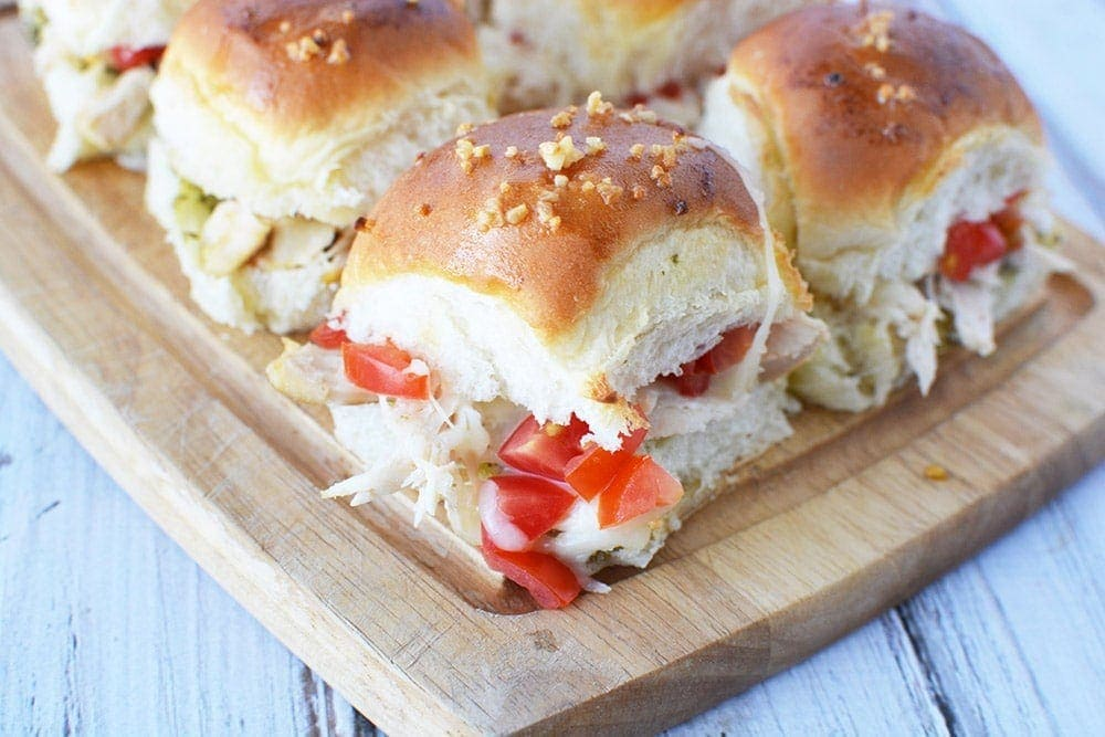 Pesto Chicken Sliders Recipe for Tasty Game Day Party Food