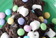 Marshmallow Oreo brownies on a plate