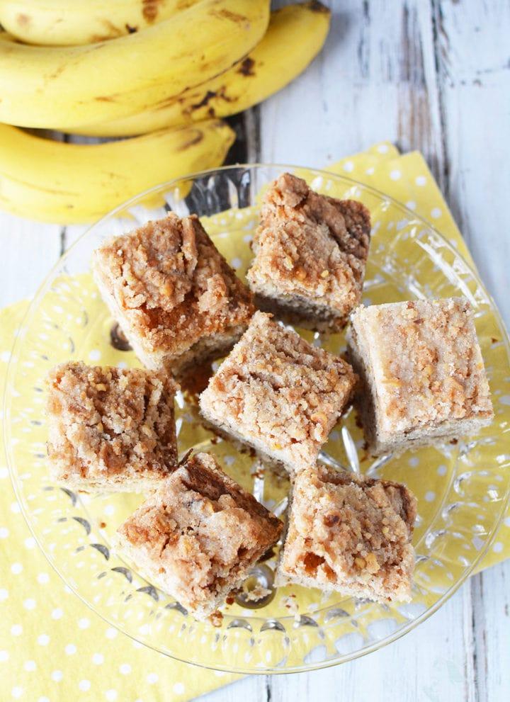Light and Crunchy Banana Nut Coffee Cake Recipe