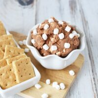 Eggless Cookie Dough Recipe - Chocolatey Smore