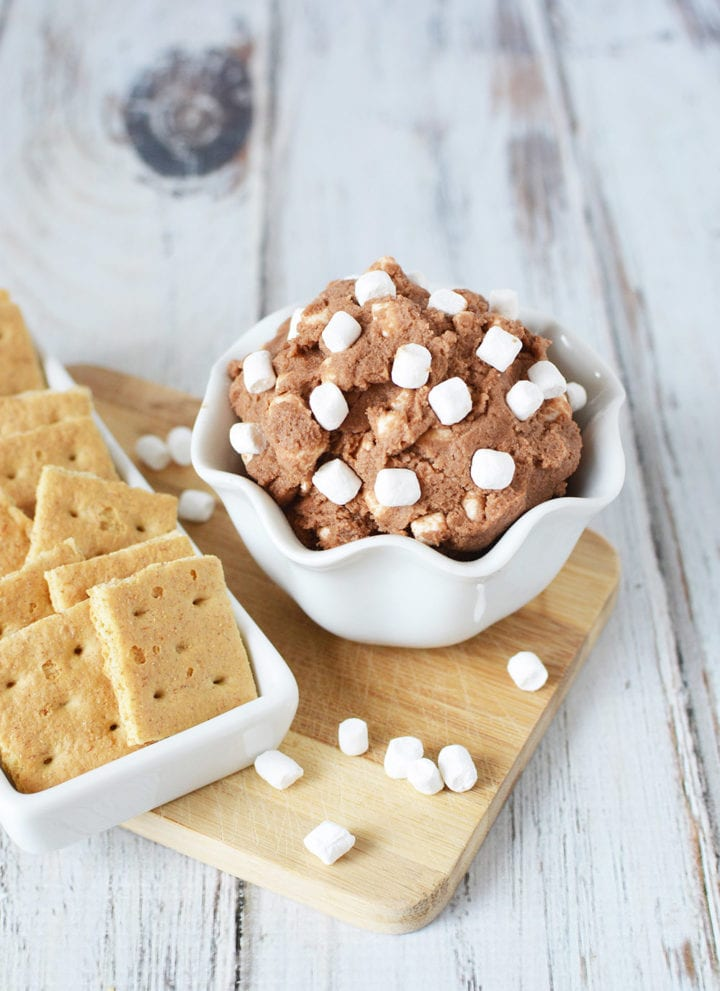 Eggless Cookie Dough Recipe - Chocolatey Smore