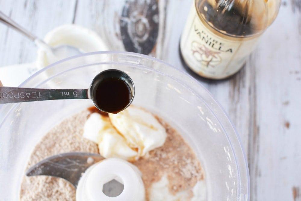High Protein Breakfast - Yummy Snickerdoodle Protein Pancakes