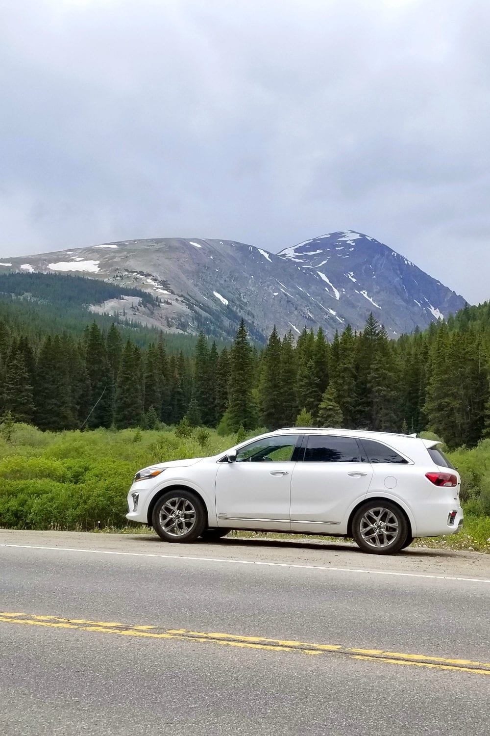 Driving the 2019 Kia Sorento through the mountains of Colorado!