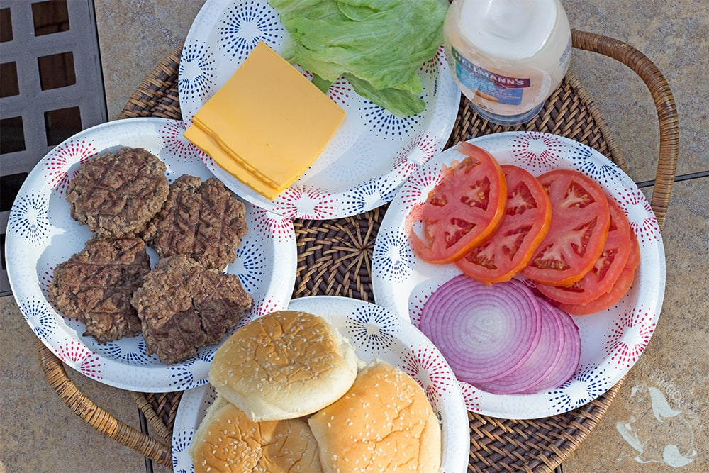 Backyard BBQ burger toppings