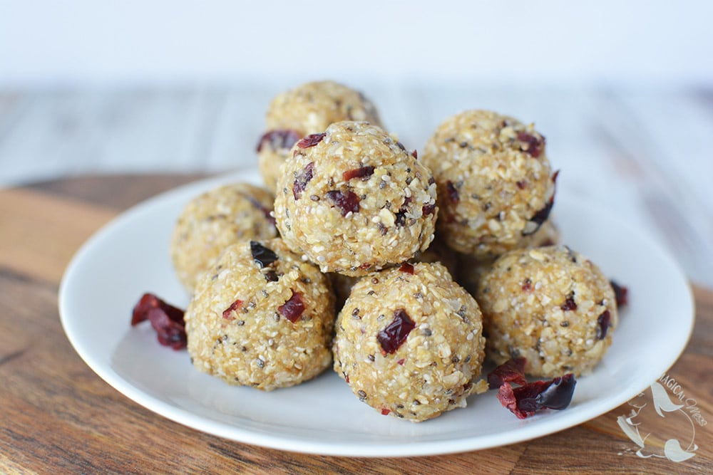 Energy balls with cranberry