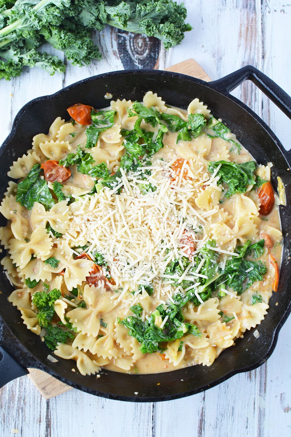 Meatless pasta recipe with kale