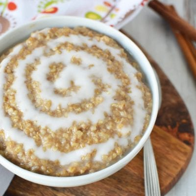 Easy and Irresistible Cinnamon Roll Oatmeal