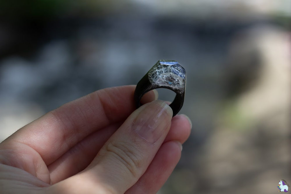 The best gifts for women who love to travel... these resin rings from Secret Woods are fantastic!