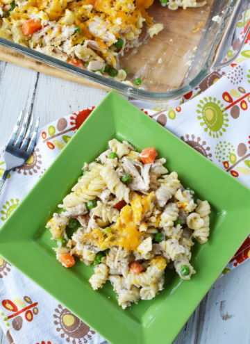 Leftover Turkey Recipes - Turkey Pasta Bake with Veggies and Cheese