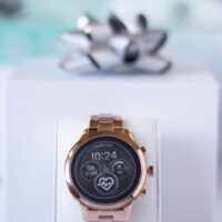 Michael KorsAccess Runway Smartwatch out of the box
