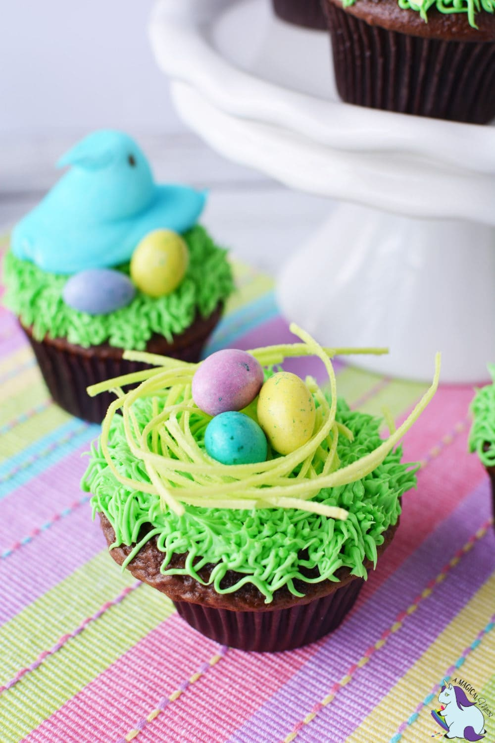 Adorable Peep's Nest Easter Cupcakes