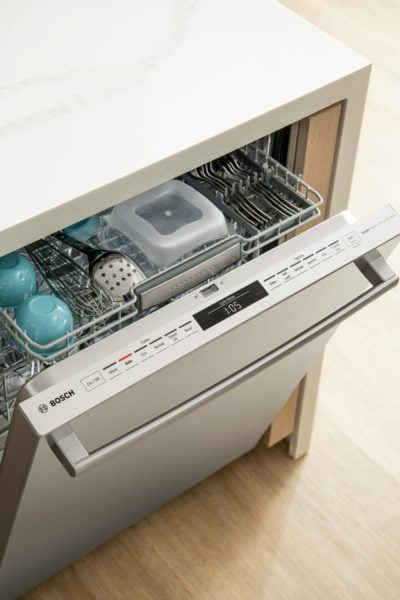 Bosch 800 Series dishwasher slightly open