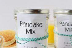 Dry pancake mix in a jar