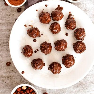 Homemade Coconut Date Balls