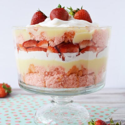 finished strawberry cheese cake trifle in a trifle bowl