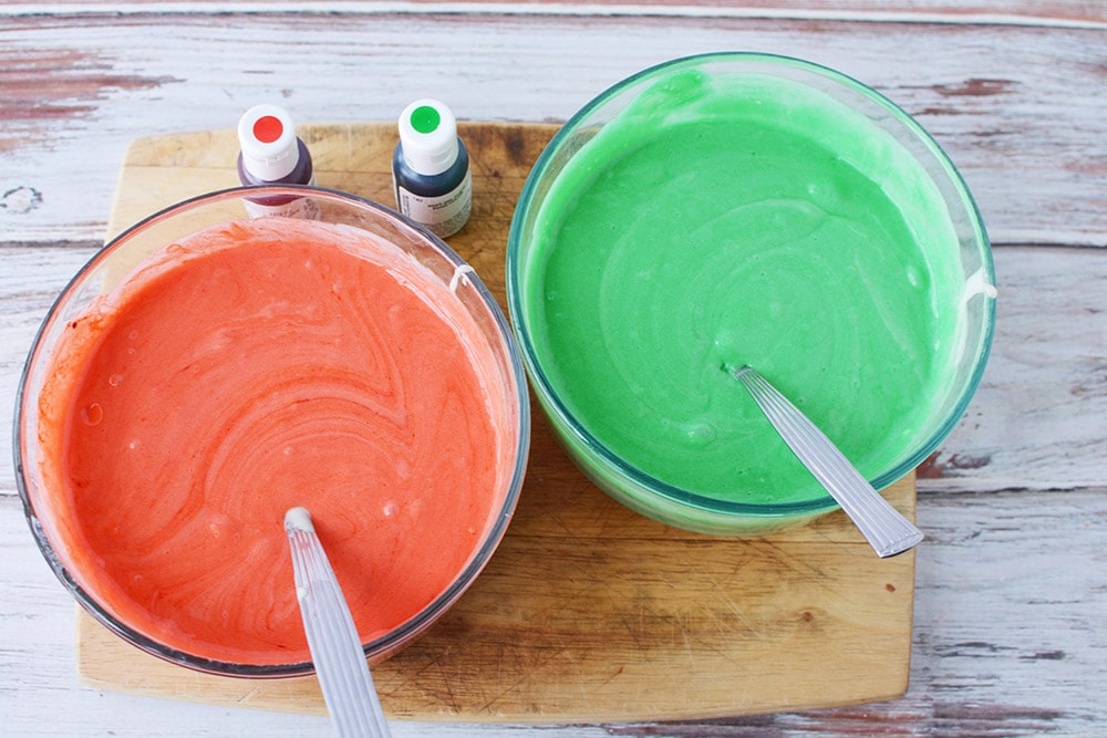 Food coloring in cake mix